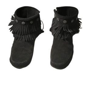 Black Minnetonka Fringe Bootie size 9